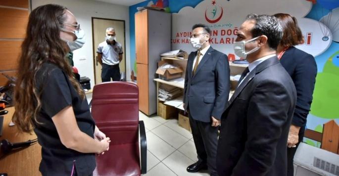 Aydın Valisi Aksoy sağlık çalışanları ve hastaları unutmadı