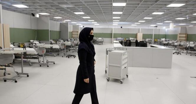İran'da Covid-19 kaynaklı 127 yeni ölüm