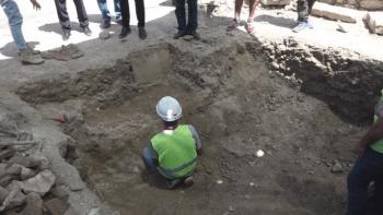 Kuşadası Kadı Kalesi´nde 13. yüzyıldan kalma insan iskeletleri bulundu