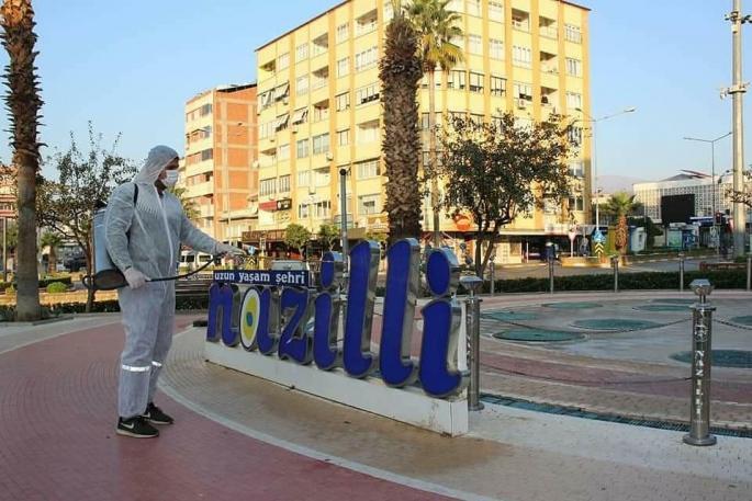 Nazilli sokakları dezenfekte ediliyor