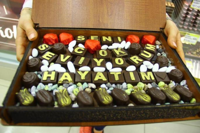 Normalleşme süreci başladı, el yapımı dolgu çikolata satışları patladı