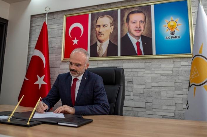 AK Parti Efeler İlçe Başkanı Elbir´den ´15 Temmuz´ mesajı