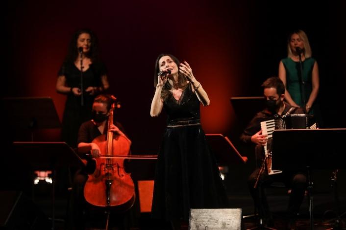Ayşenur Kolivar´ın projesi `Çayeli´nden Öteye´ müzikseverlerle buluşuyor
