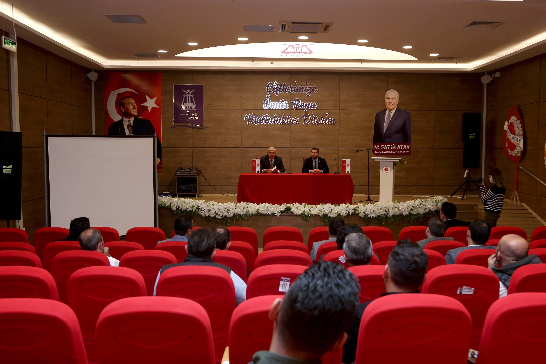 Başkan Atay, kariyer merkezini tanıttı