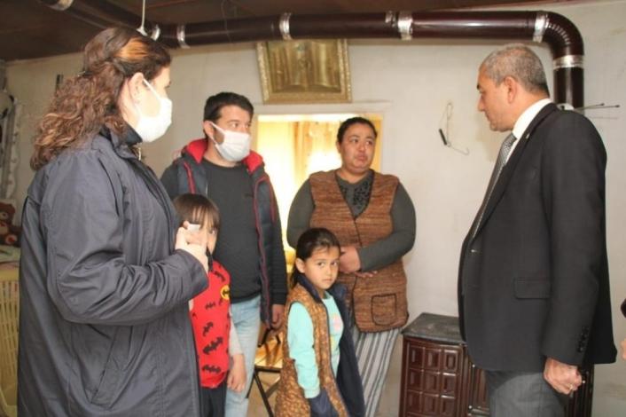 Başkan Kaplan´dan evi yanan aileye yardım eli