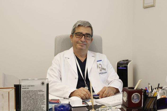 'Covid-19´dan Türkiye´nin kurtulması için 61 milyon kişinin bağışık ya da aşı olması şart'