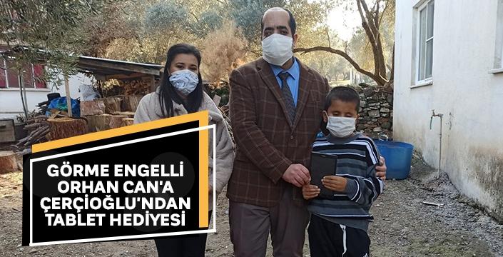 Görme engelli Orhan Can'a Çerçioğlu'ndan tablet hediyesi