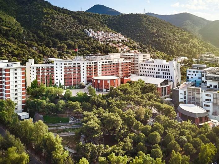 İzmir Ekonomi Üniversitesi AB´ye girdi