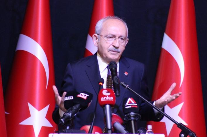 Kılıçdaroğlu, Aydın´da Kanaat Önderleri Toplantısı´na katıldı