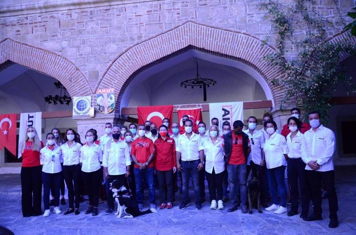 Kuşadası AKUT ekibi tarafından düzenlenen yarışmanın ödül töreni gerçekleştirildi