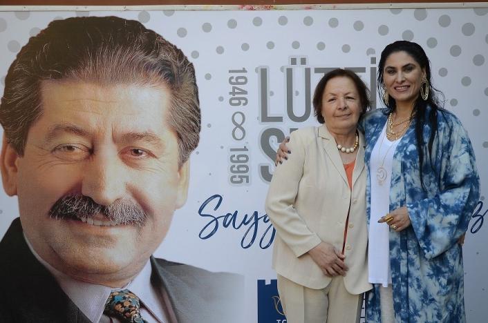 Kuşadası  Belediyesi eski Başkanı Lütfi Suyolcu vefatının 26.yıldönümünde anıldı