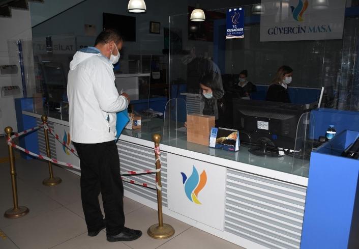 Kuşadası Belediyesi Güvercin Masaya bir yılda 122 bin başvuru yapıldı