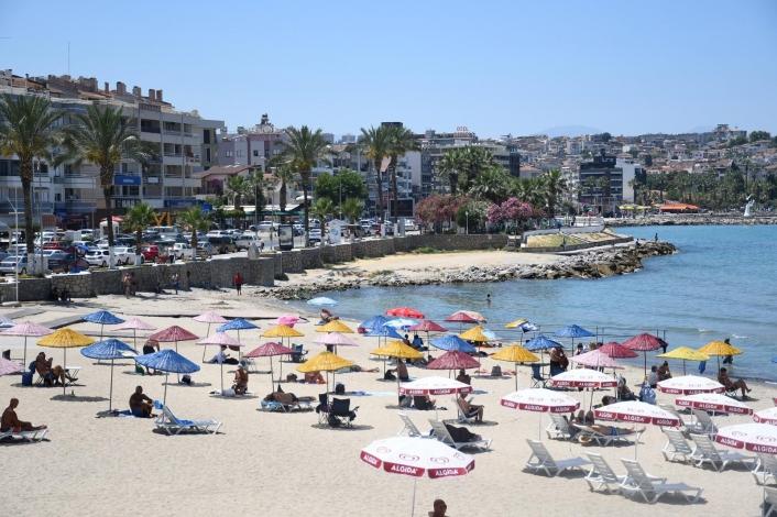 Kuşadası Belediyesi´nden plaj açıklaması