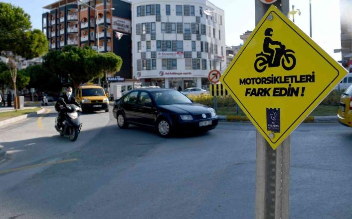 Kuşadası Belediyesi´nden trafikte örnek uygulama