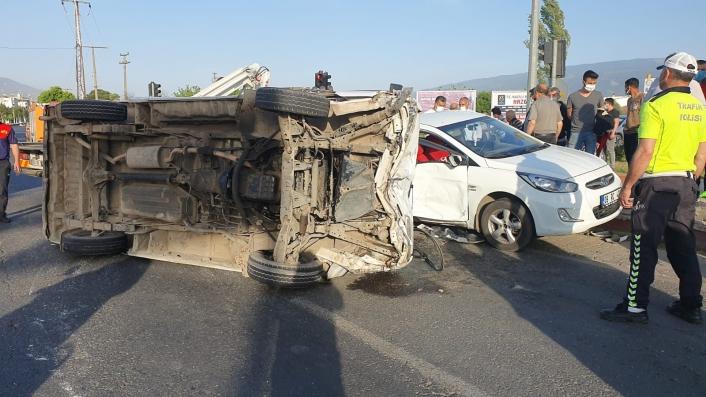 Nazilli´de trafik kazası: 4 yaralı