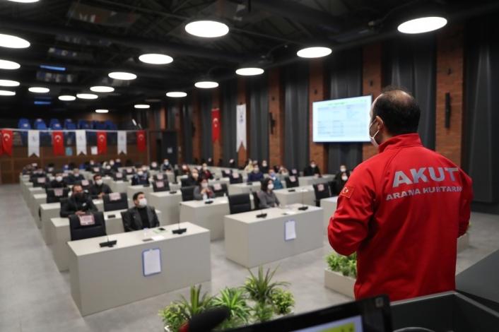Pamukkale Belediyesi arama kurtarma ekibi eğitimlerine devam ediyor