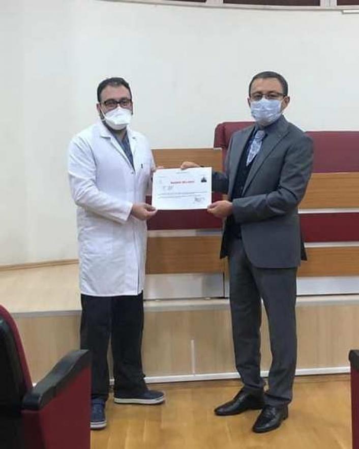 Sağlık çalışanlarına başarı belgesi