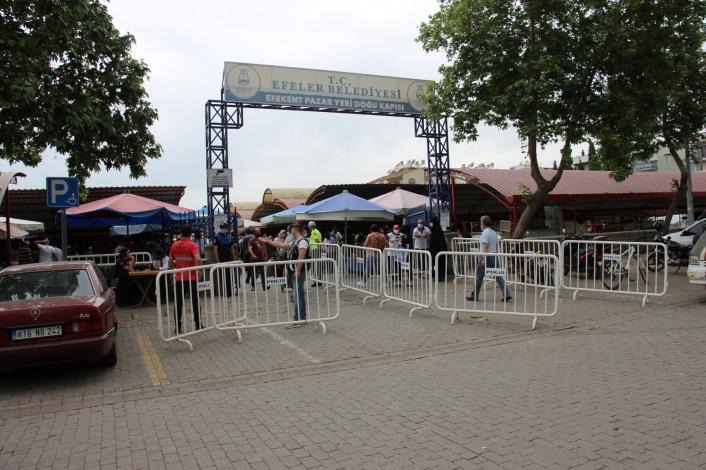 Semt pazarları açıldı, vatandaşlar akın etti