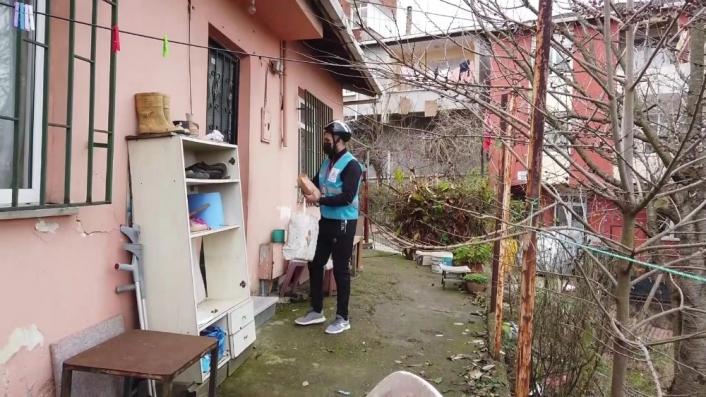 Sokağa çıkma kısıtlamalarında  'Gönüllüler Timi' görevde