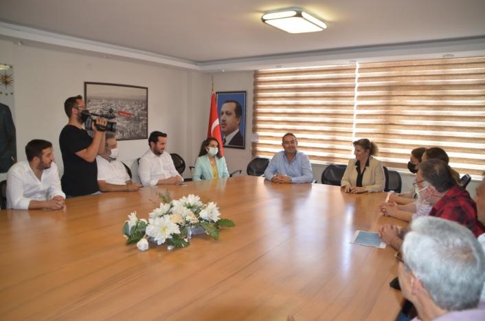 Söke Genç İş İnsanları Derneği, siyasi partileri ziyaret etti
