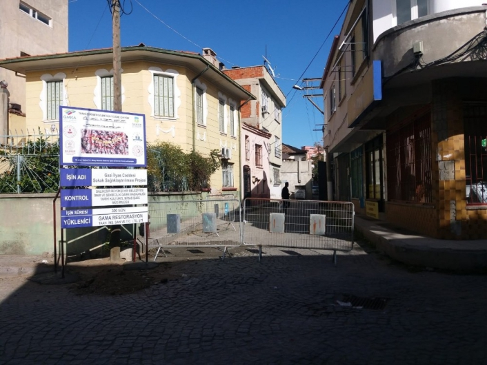 Tarihi Edremit evleri gün yüzüne çıkıyor projesi restorasyonu başladı